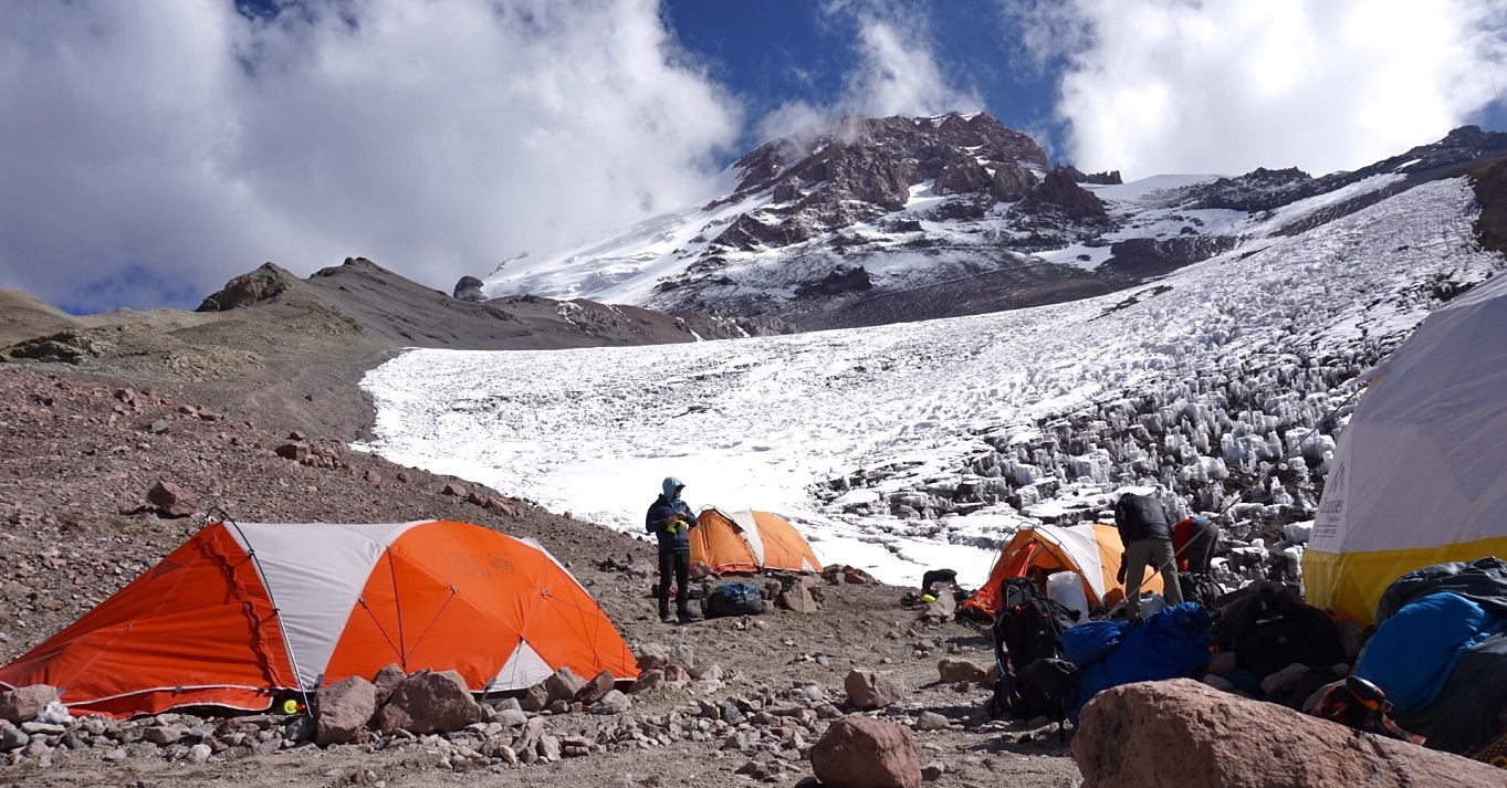 Aconcagua Expeditions 2021 - 2022
