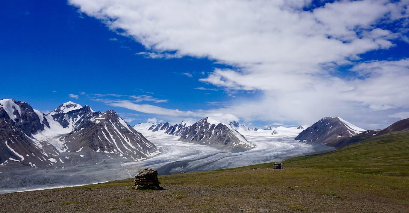 Mongolia: Mt. Khuiten