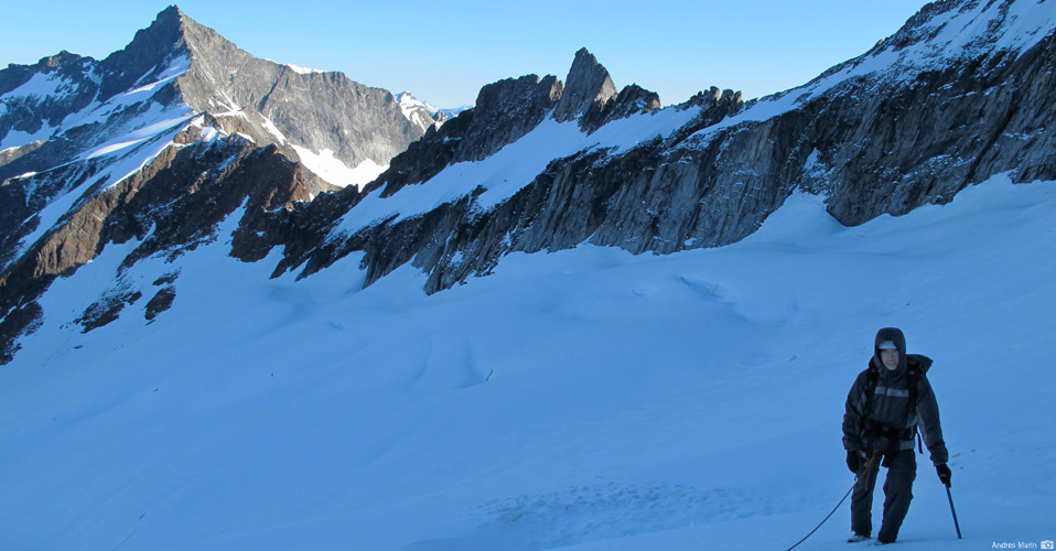 The Quien Sabe Glacier on Sahale Mountain